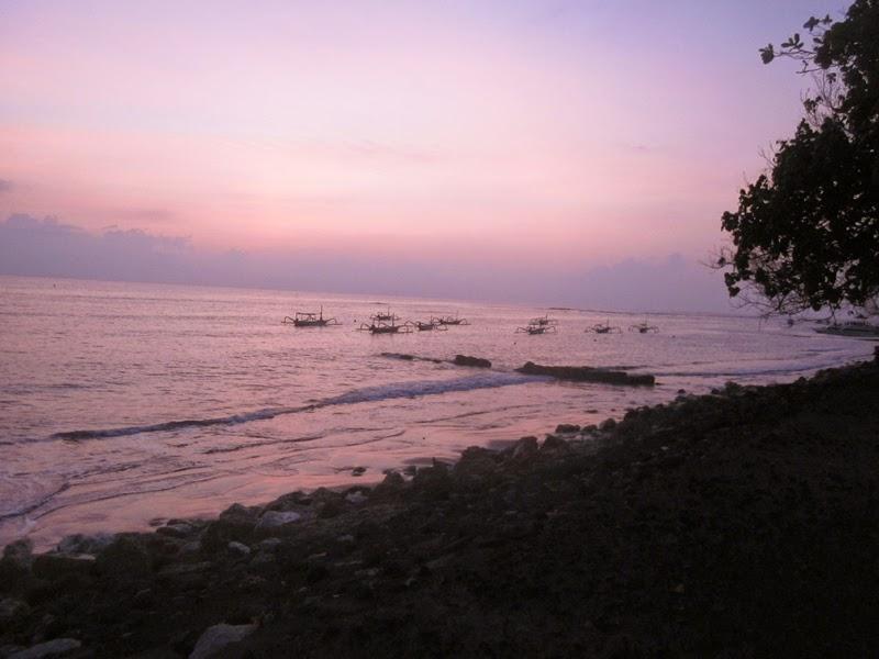 Tempat Wisata Pantai Matahari Terbit Sanur Bali