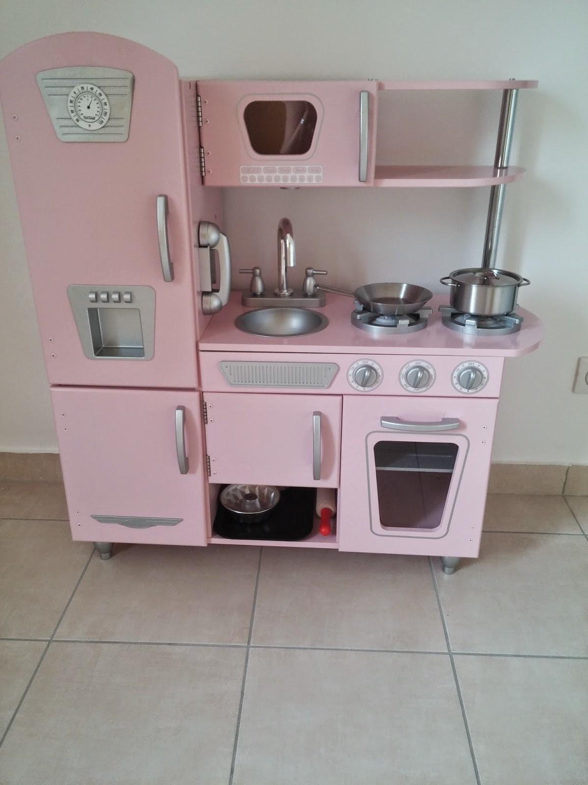 cuisine kidcraft milune la vie d 39 une nounou. Black Bedroom Furniture Sets. Home Design Ideas