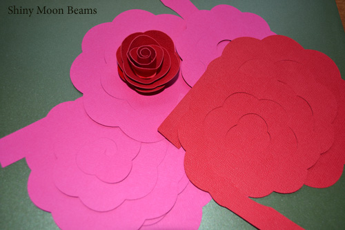 Shiny Moon Beams Blog Realistic Paper Flower Wreath How To