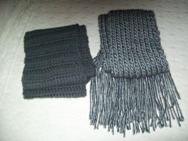 Bufandas en tonos de grises