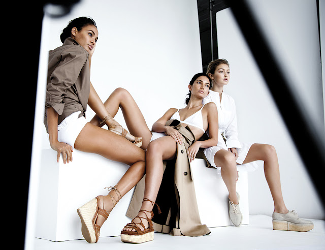 Gigi hadid poses nude, Joan smalls nude pictures, lily Aldridge pose nude, Stuart Weitzman, Sophie David