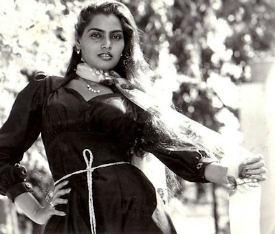 silk smitha rare .. hot photoshoot