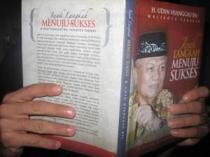Walikota Tarakan Luncurkan Buku Jejak Langkah Menuju Sukses - Borneo