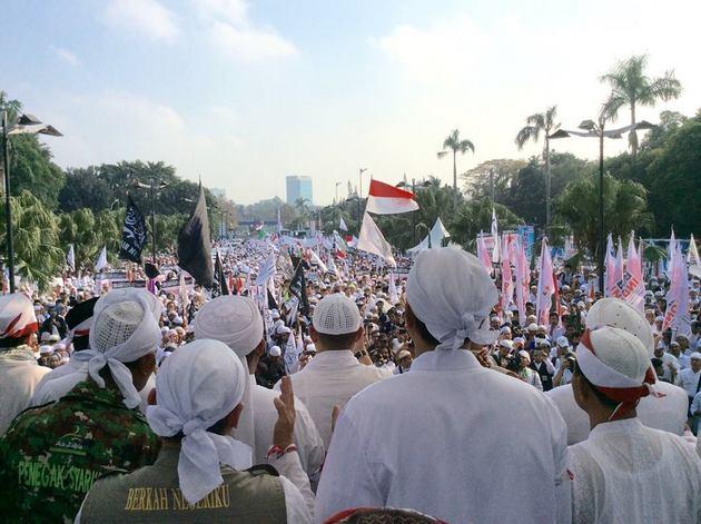 Kisah Tertangkapnya Oknum Polisi Kristen Yang Pakai Baju FPI dan Jadi Provokator Parade Tauhid di Jakarta