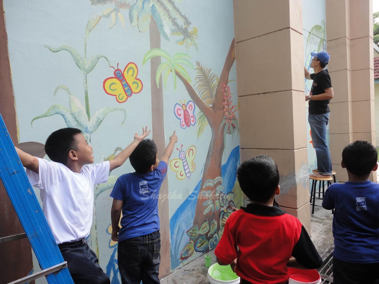 Shazika shahrim khidmat masyarakat bina insan guru part 1 for Mural yang cantik