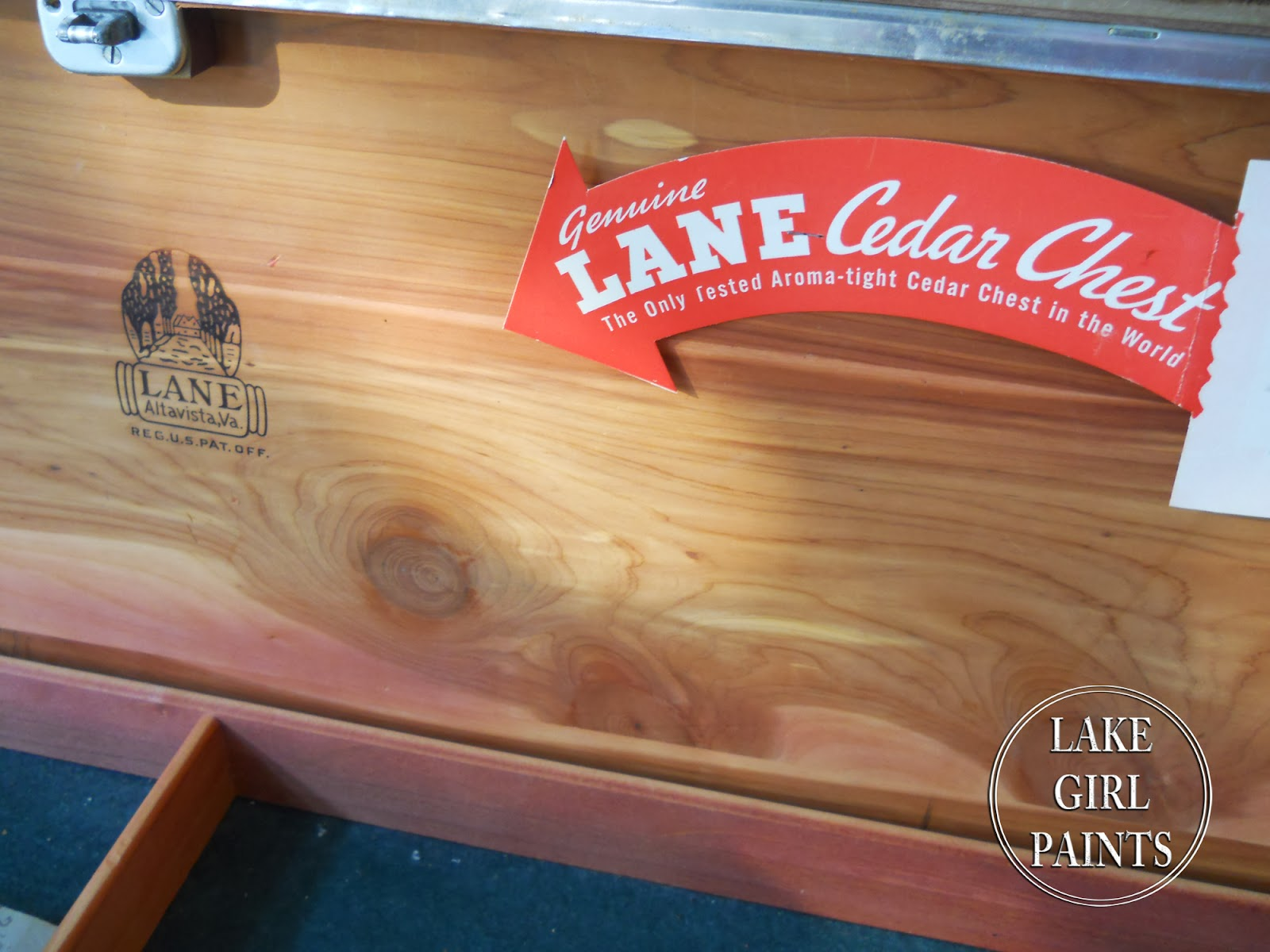 Generations Cedar Chest   Painted And Stained