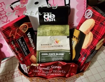 walkers shortbread cookies valentines day gift basket