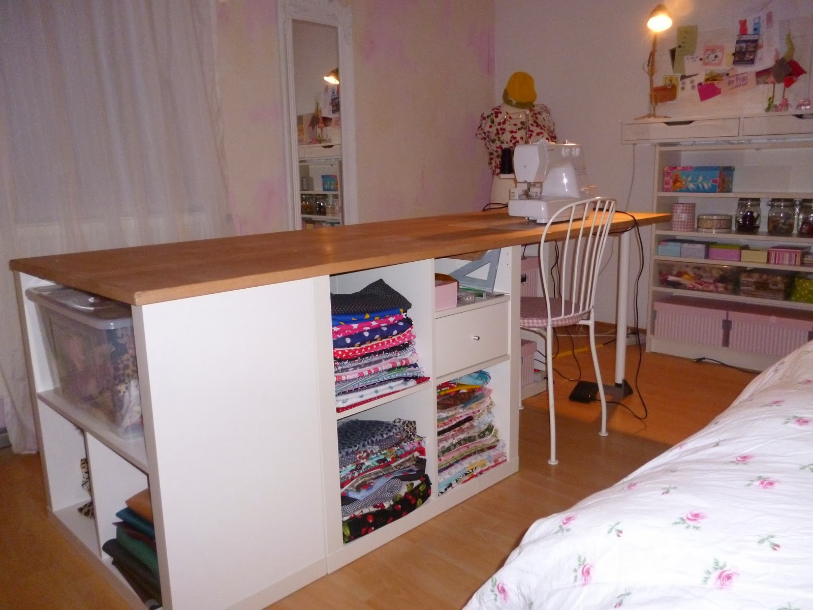 leolilie meine nigelnagelneue machtzentrale. Black Bedroom Furniture Sets. Home Design Ideas