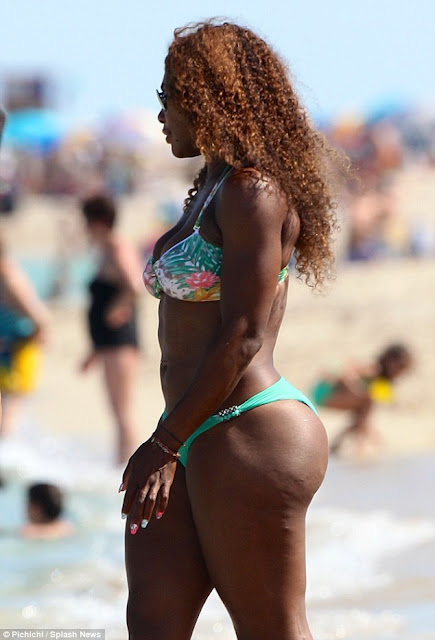 Serena Williams shows off stunning Bikini body