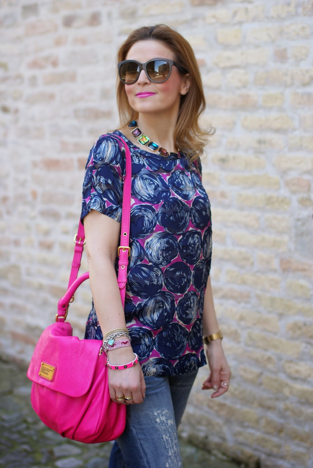 Tory Burch silk top, pink Marc jacobs bag, Fashion and Cookies, fashion blog, fashion blogger