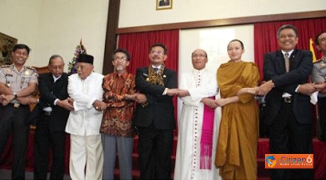 PLURALISME AGAMA DI INDONESIA