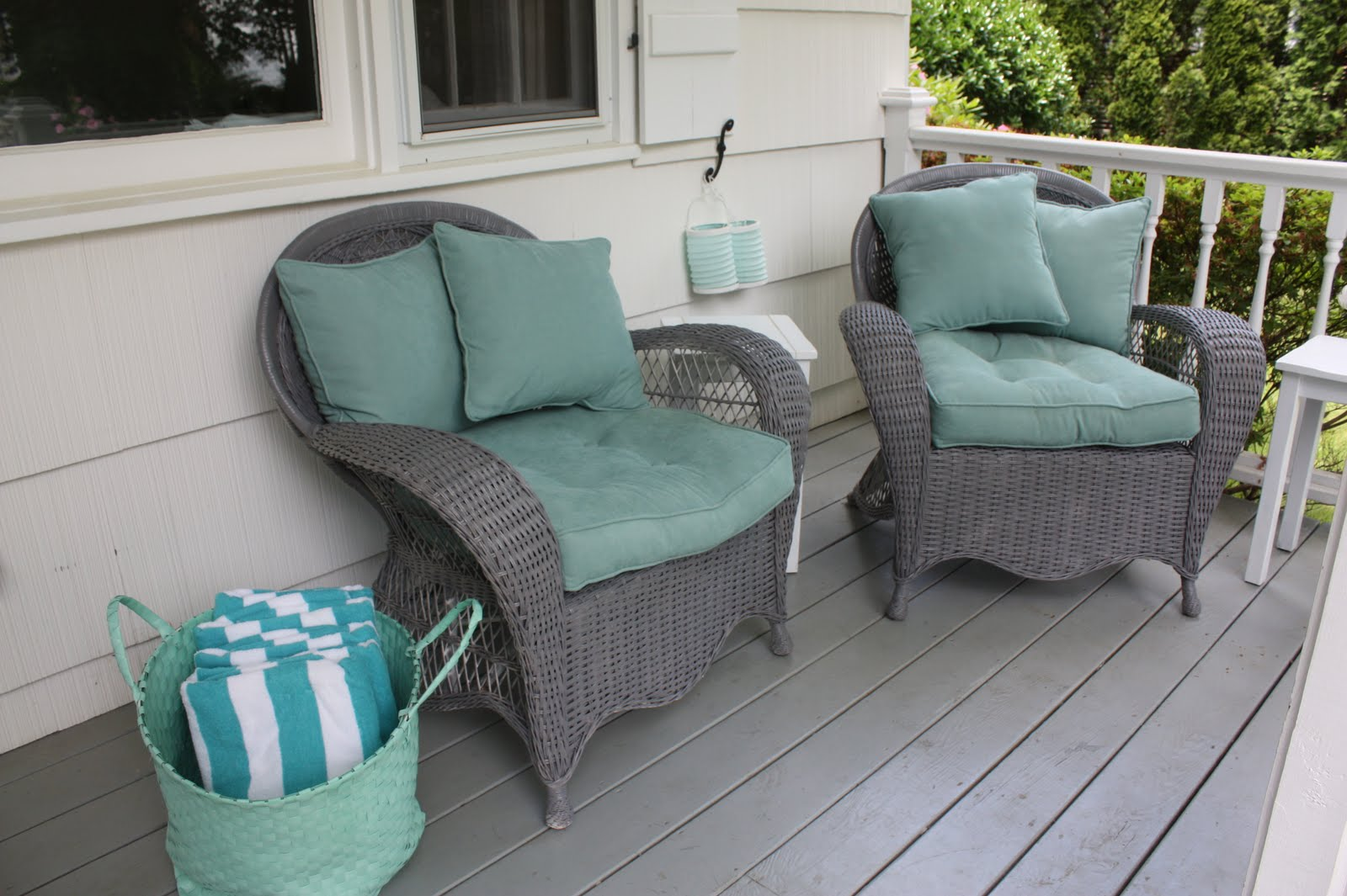 ... Spray Painted The Wicker Chairs The White Picket Fence Porch Makeover