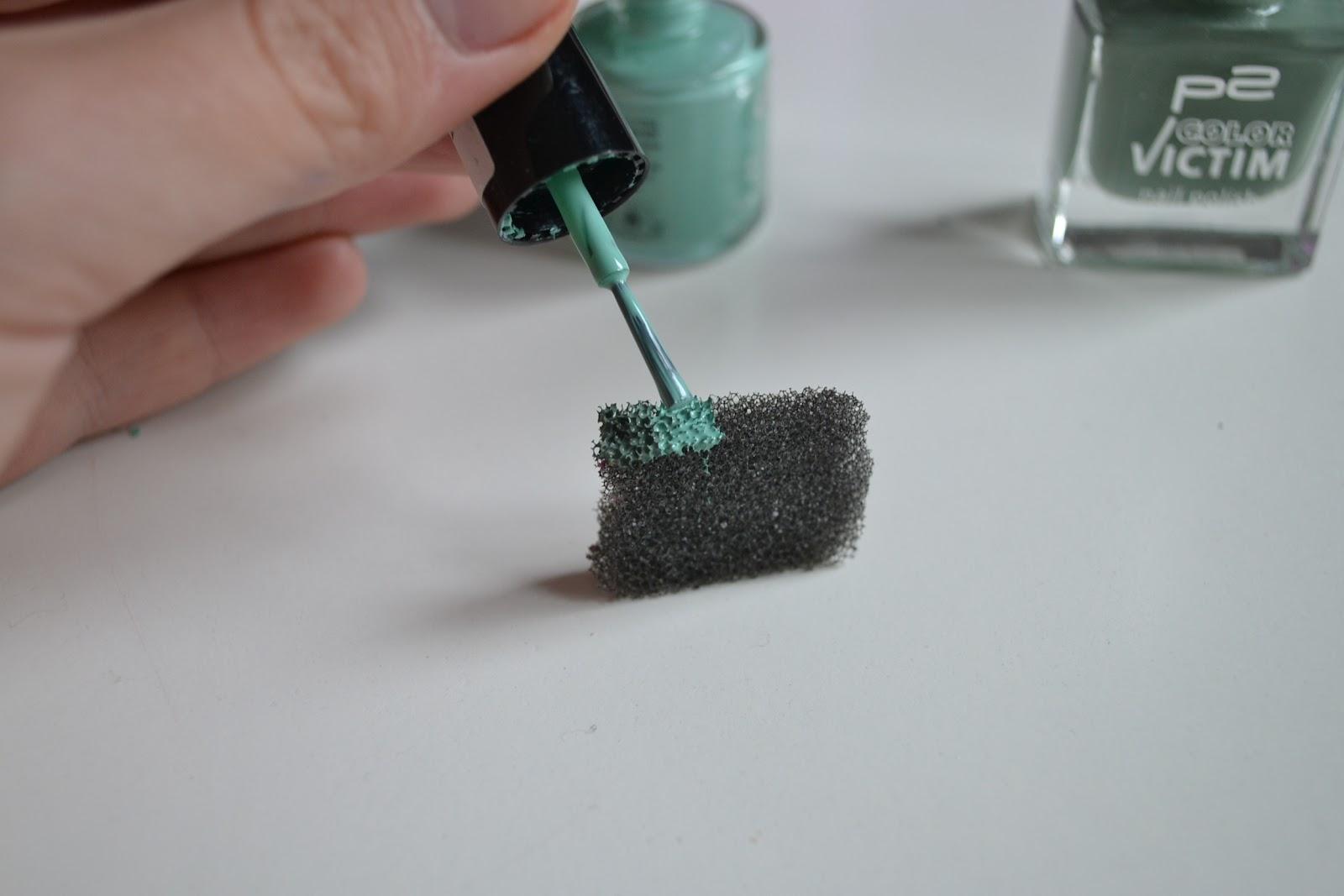 ombre nails selber machen mr moustache. Black Bedroom Furniture Sets. Home Design Ideas