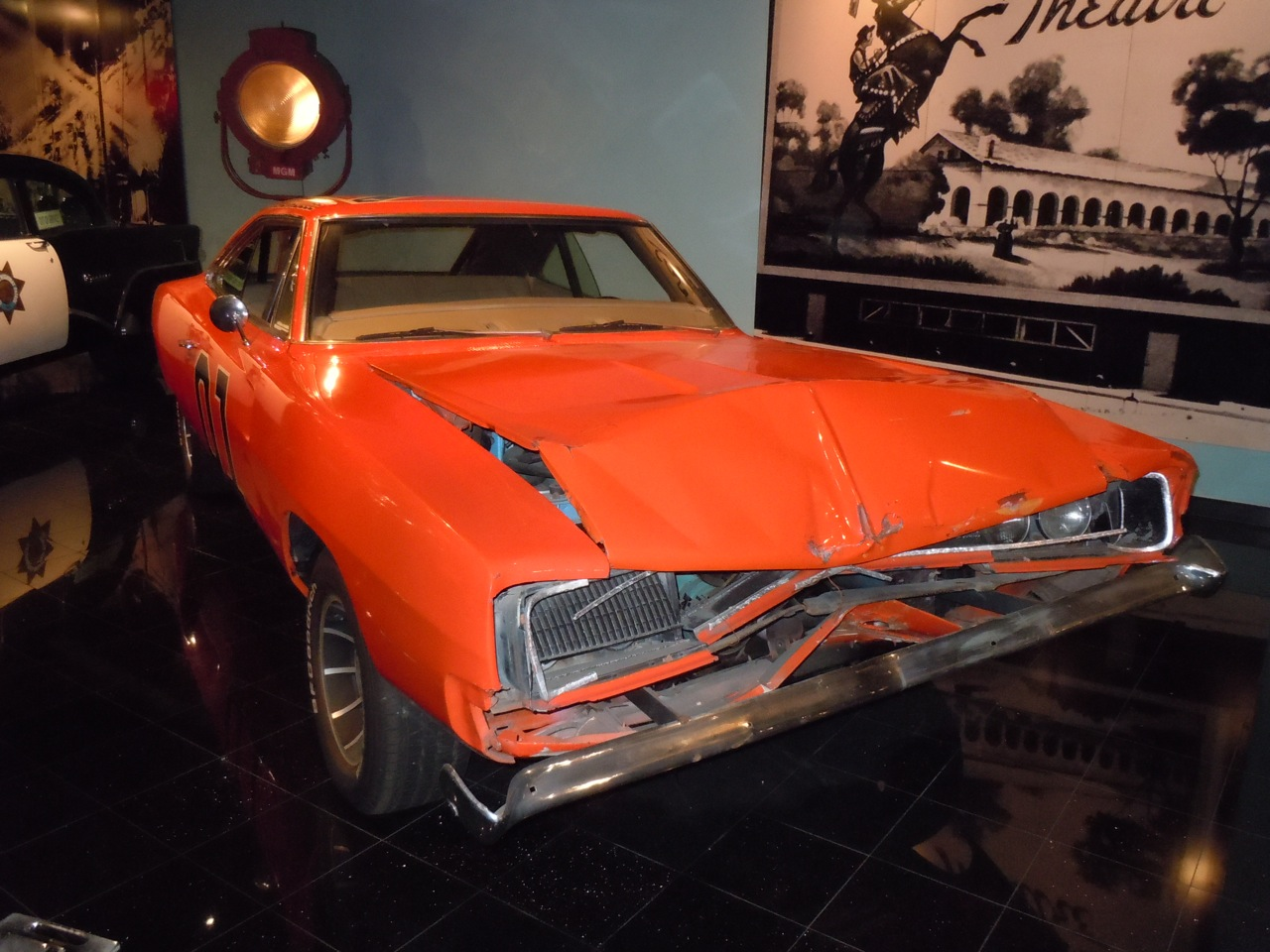 Hollywood Movie Costumes And Props General Lee Stunt Car