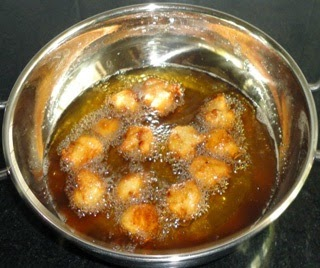 fried pakoda