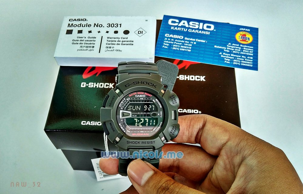 Kelengkapan pembelian G-Shock G-9000 3VDR Mudman: Box, Kartu garansi, kitab/buku manual