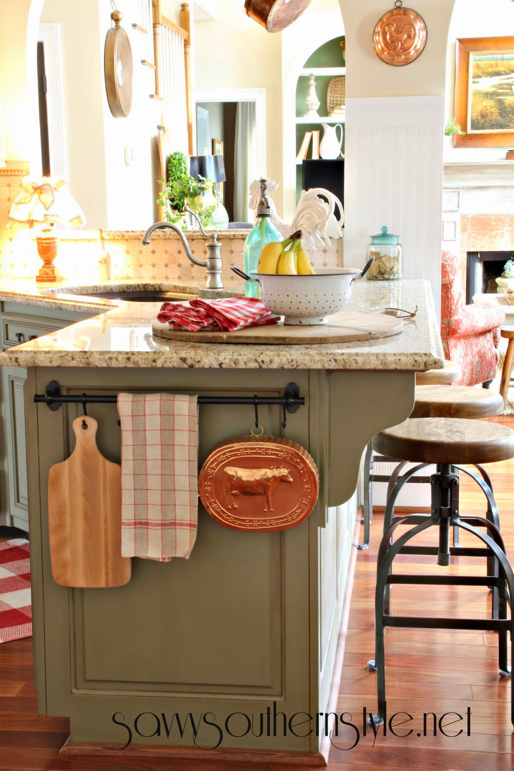 Savvy southern style some new things in the kitchen for Southern style kitchen ideas