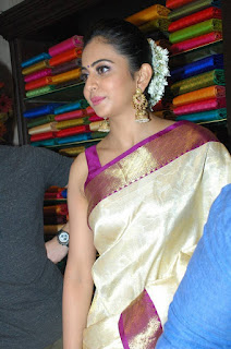 Rakul Preet Singh Saree Pic