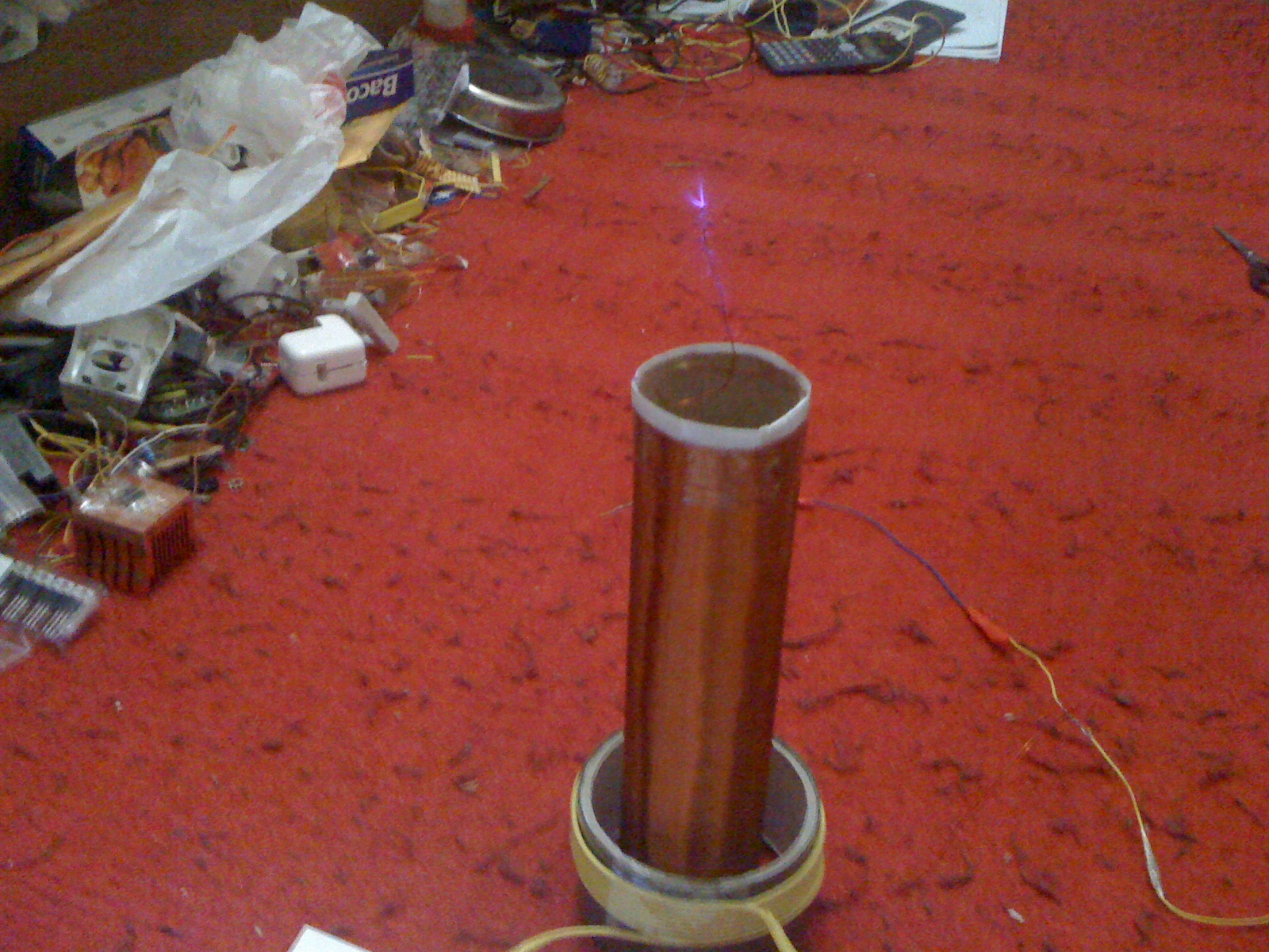 Thorpnics Tesla Coil First Attempt. Running On 12v 316a Power Supply Fed Into The Zvs Circuit I Am Still Rese Ing How To Enlarge Spark And Make Them Blue Since Purple Is. Tesla. Fly Back Tesla Coil Circuit Diagram At Scoala.co