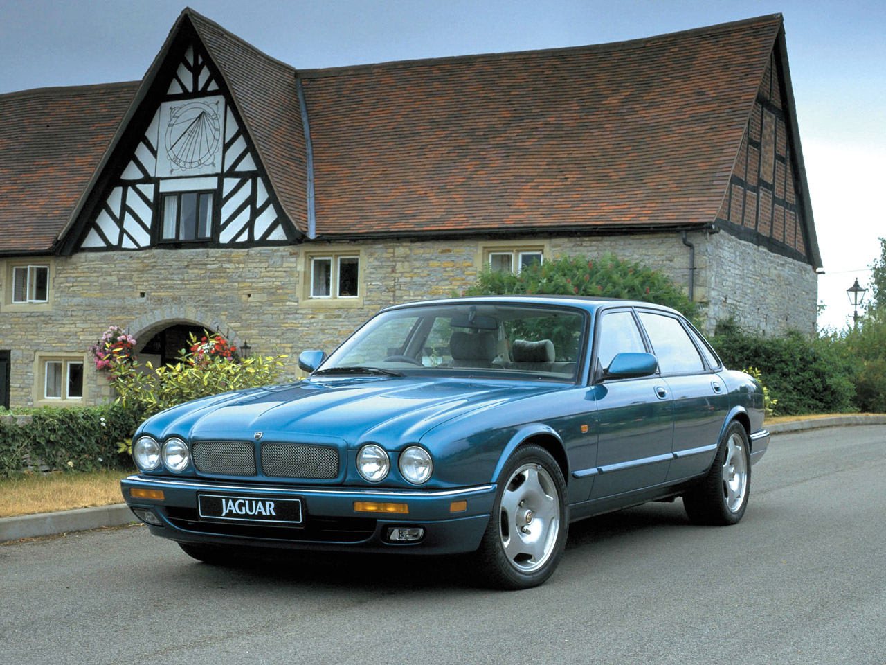 1997 jaguar xj6 classified ad sport car u p g. Black Bedroom Furniture Sets. Home Design Ideas