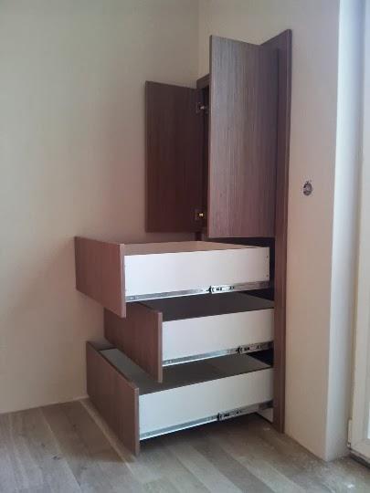 Малка спалня с индиректно осветление и усвоени ниши 2
