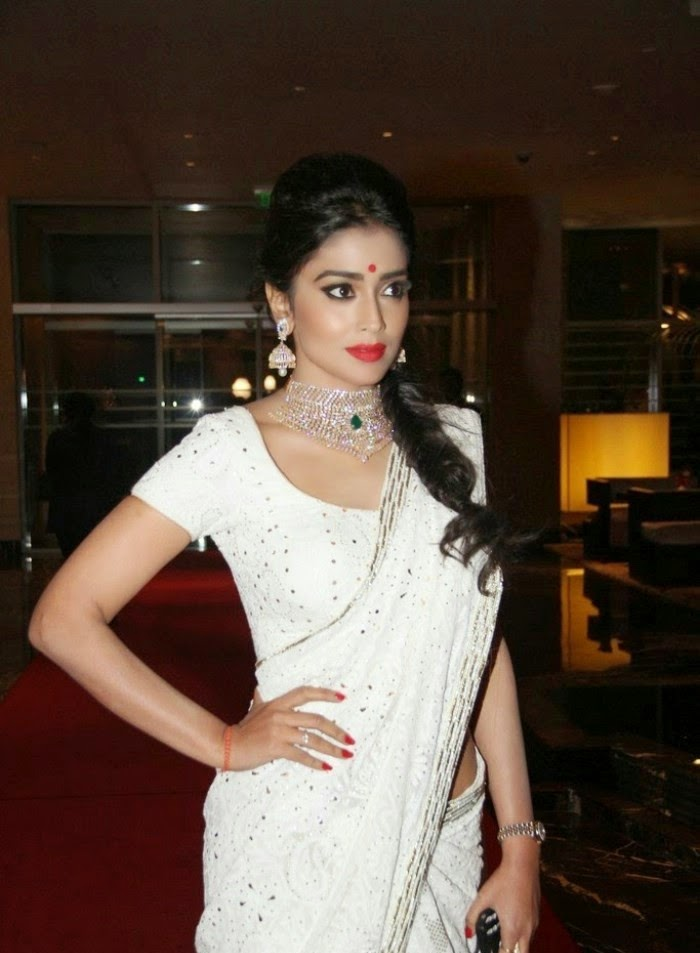 http://1.bp.blogspot.com/-_P_bS2ad1Sc/Uy_2CbzanwI/AAAAAAAAnE8/YC4lQHs5-mY/s1600/Shriya+Saran+at+GR8!+Women+Awards+2014+Hot+Images+(7).jpg