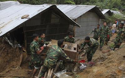bangladesh_landslide_flood