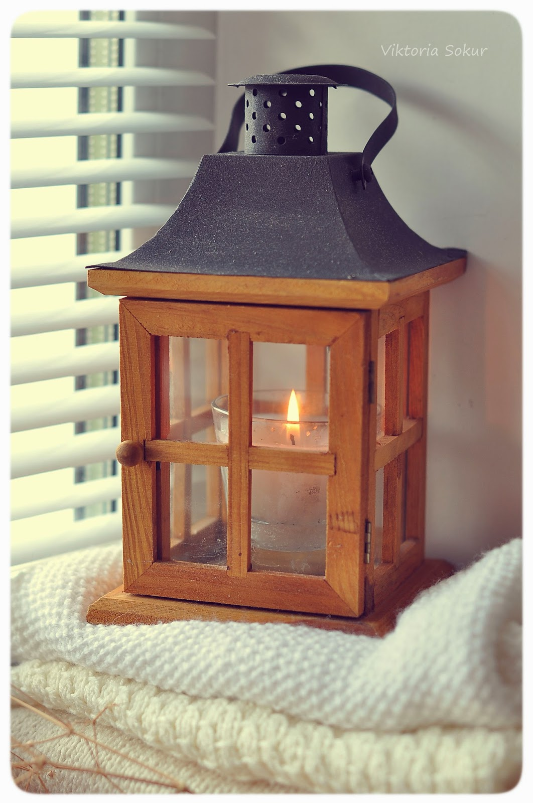 деревянный фонарик