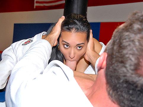 FotosNua.Com jiu jitsu de buceta