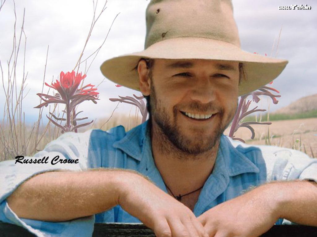 http://1.bp.blogspot.com/-_Q5Xhcezq8Y/T1CzwN1-BqI/AAAAAAAAA6s/dbSu_ILVEmI/s1600/Russell-Crowe-09.jpg