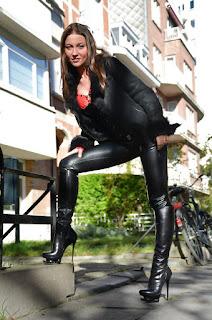 Sexy Hairy Pussy - sexygirl-Julie_SKGH_0c8deb19cf2710d5dcffa39f18625c16%255B1%255D-766529.jpg