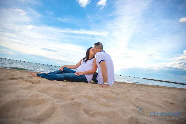 Chicago Beach Maternity Photo Session