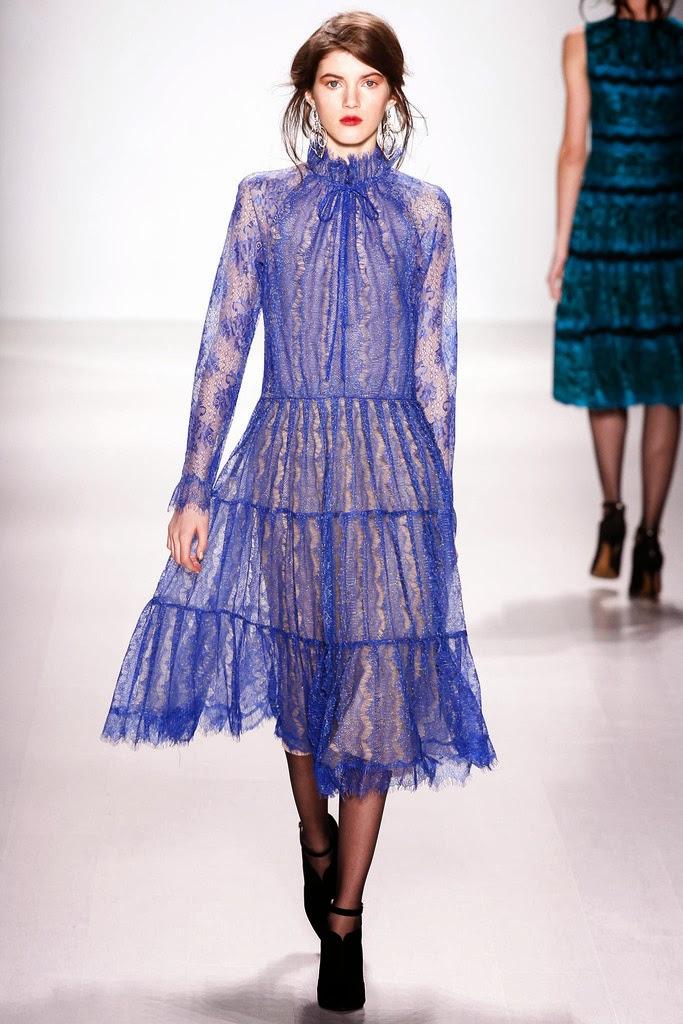 Más vestidos para ti: Tadashi Shoji