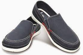 Gambar Model Sepatu Crocs Terbaru Untuk Wanita Gaul Keren