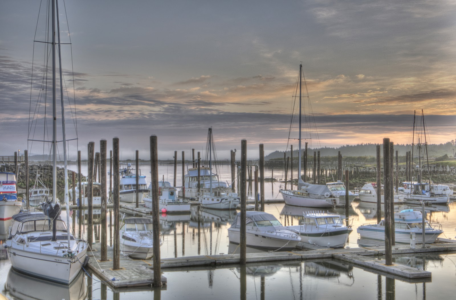 Thom zehrfeld photography beach towns in oregon for Best small towns in oregon to live