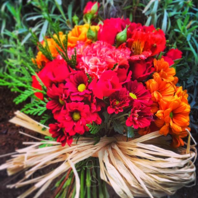 Ramo flores novia otoño
