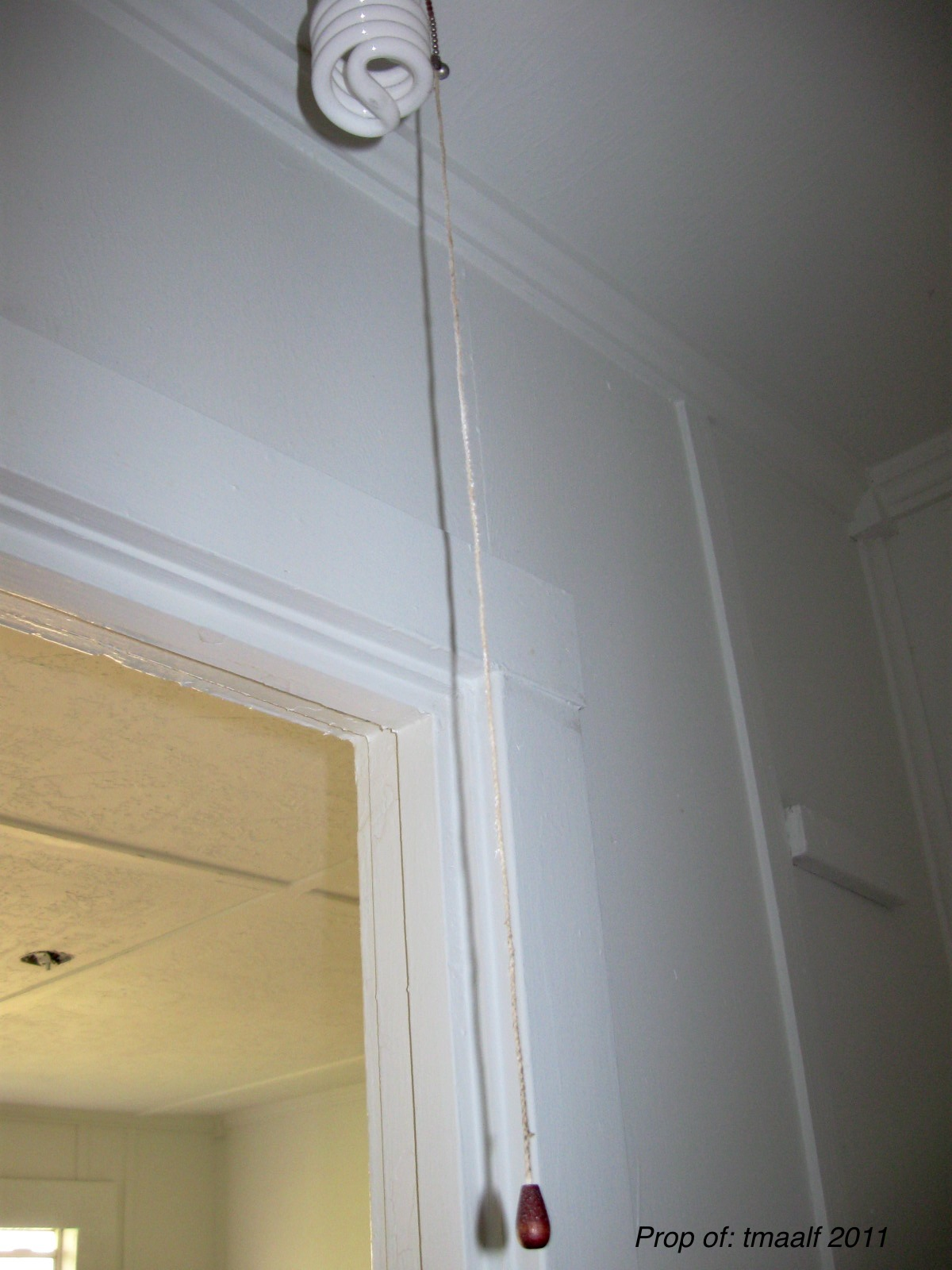 closet light pull chains