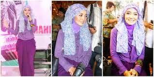 Pashmina Pelengkap Gaya Hijab Yang Disukai Sejak Dulu