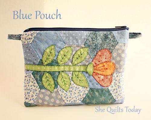 Bolsa Patchwork azul con flor