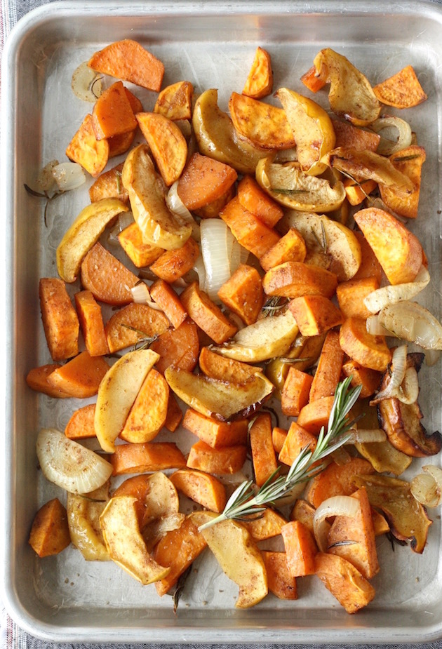 Roasted Sweet Potatoes & Apples recipe by SeasonWithSpice.com