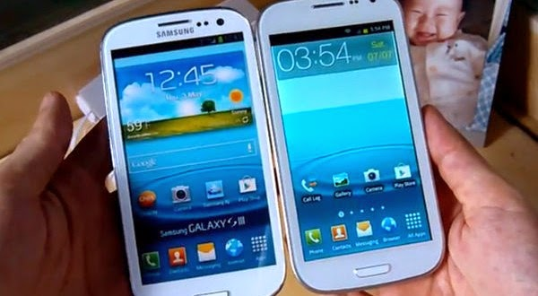 Replika-smartphone dan Samsung-asli
