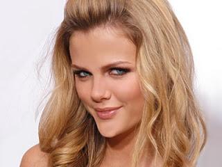 10 Wanita Tercantik Di Dunia