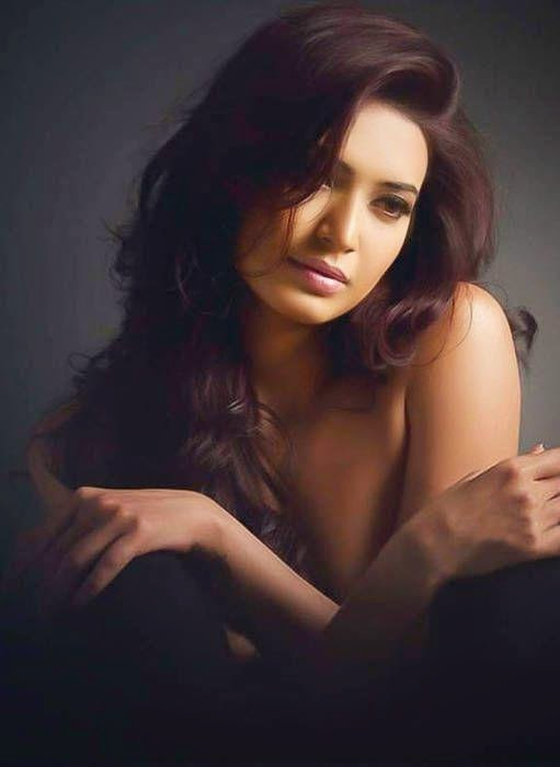 Karishma Tanna Sizzling Hot Bikini Photos