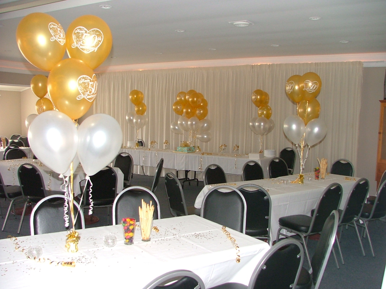 Wedding decorations 50th wedding anniversary decorating ideas for 50th party decoration ideas