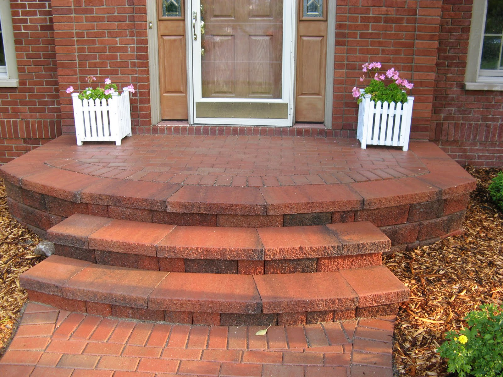 Brick pavers canton plymouth northville ann arbor patio for Brick steps design ideas