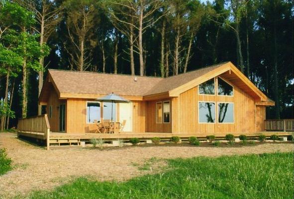 Prefab homes and modular homes in canada double 39 s 39 cedar for Modular garage canada