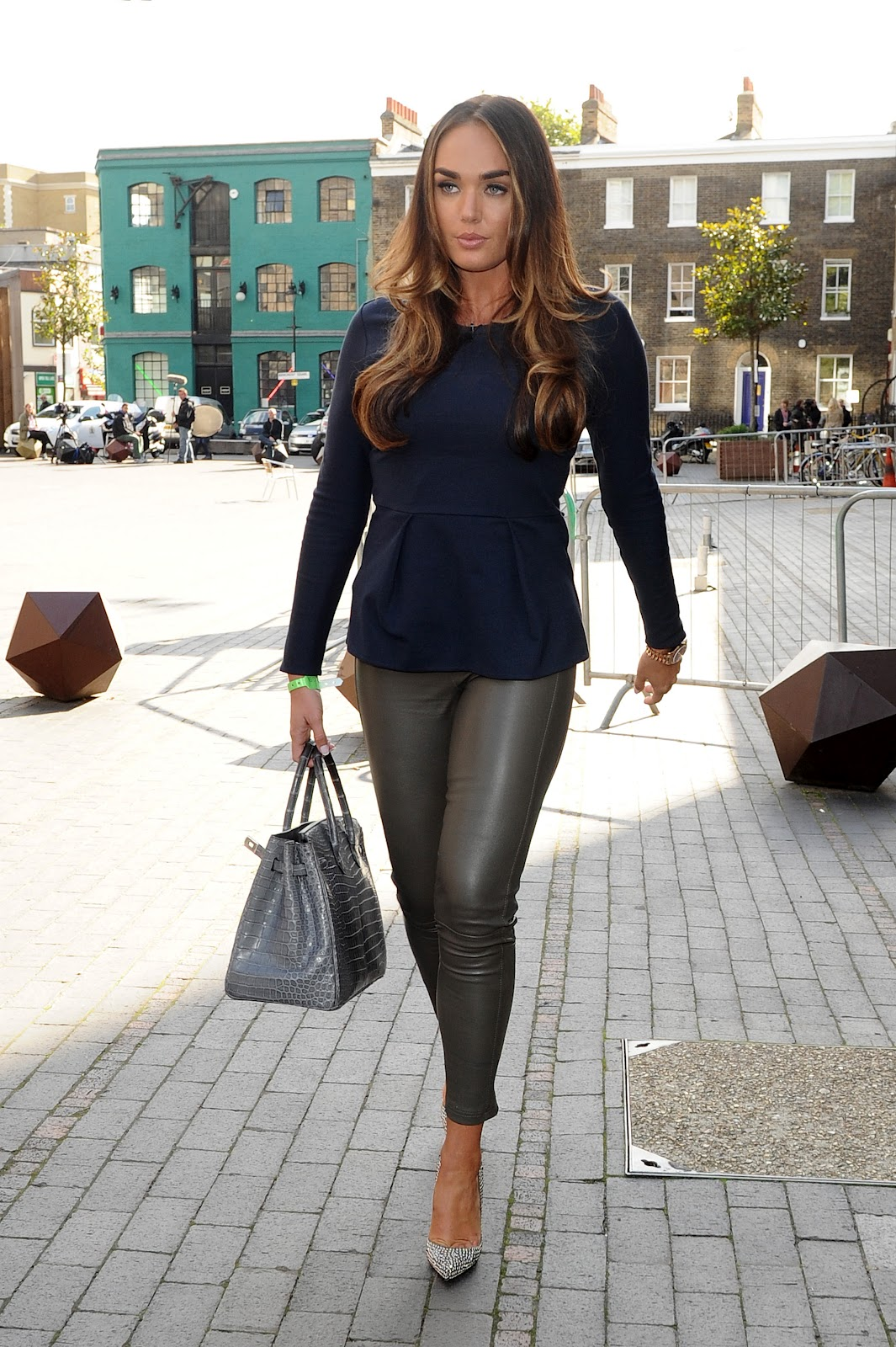Tamara ecclestone leather pants tamara ecclestone leather dress tamara -  Tamara Ecclestone Wearing Skin Tiht Pants