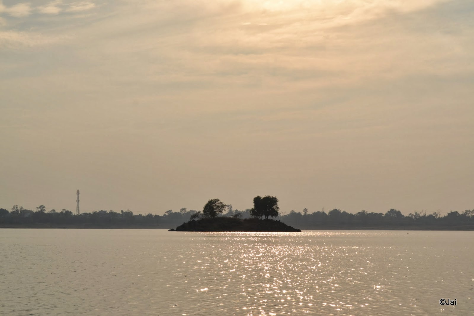small islands inside maithon dam