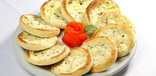Esfiha de queijo (Habib's)