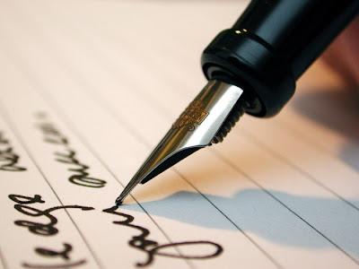 Membaca Karakter Orang Lewat Tulisan Tangan, untuk membaca karakter seseorang memang diperlukan keahliah khusus namun ada alternatif yaitu ini.